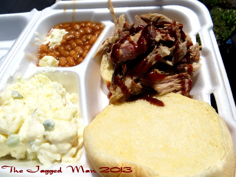 A Pulled Pork sandwich plate at it's finest!